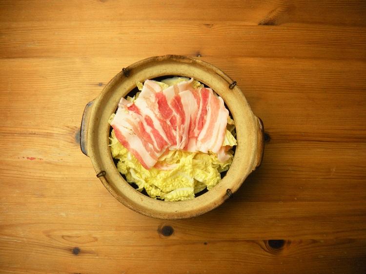 心に染みいる自然派ワインと、さっぱり・うまみたっぷりの中華塩鍋