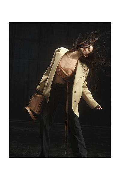 ファッションが示す未来への希望 2021秋冬コレクション