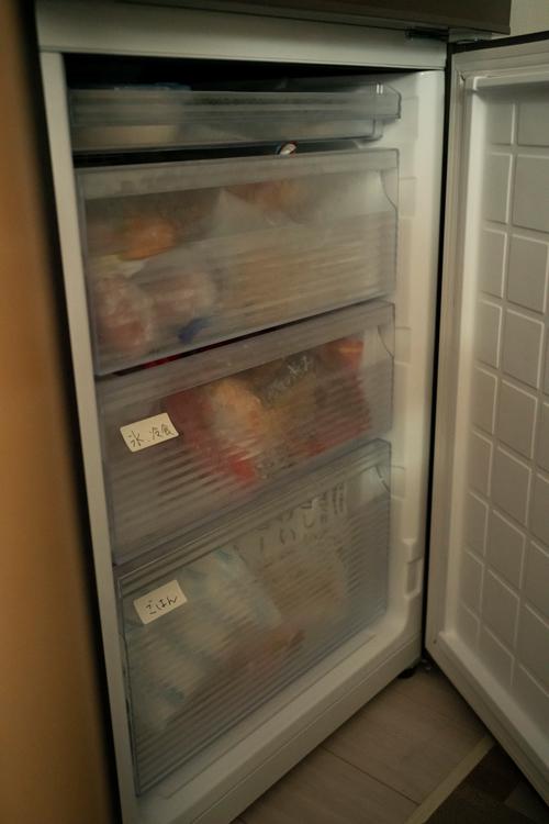 冷蔵庫は半年前に買い替え。家事を楽にするための作り置きが増え、冷凍庫が大きく取り出しやすいものにした