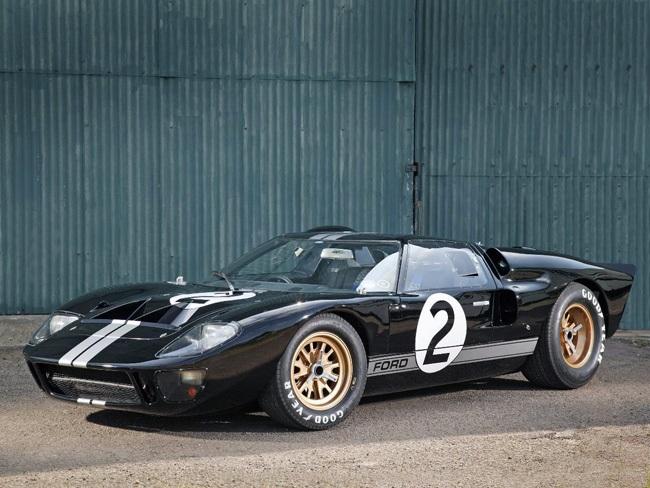 フェラーリに打ち勝つ快挙「フォードGT」