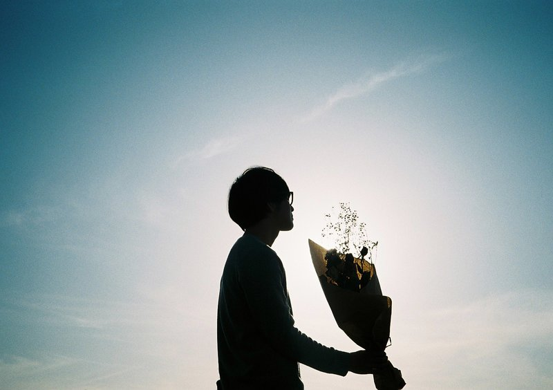夜な夜な宇多田ヒカルへファンレターを送る20歳フリーター、ある日突然作家になる