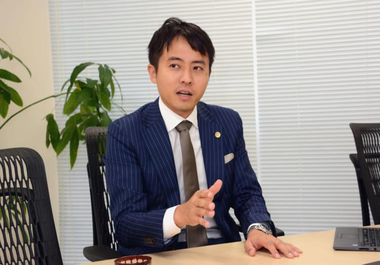 荒川香遥弁護士