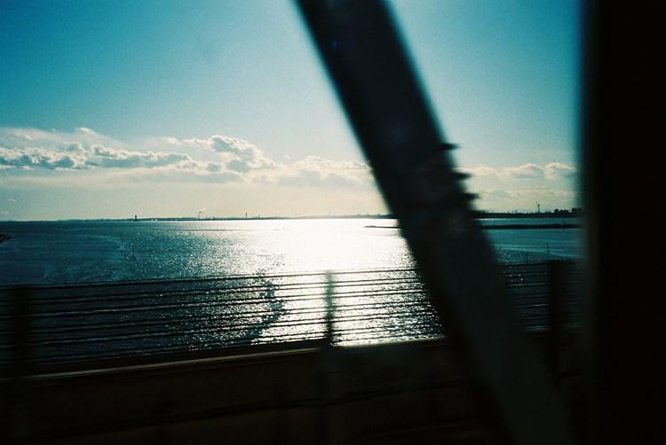 写真家・石田真澄の写真展『evening shower』
