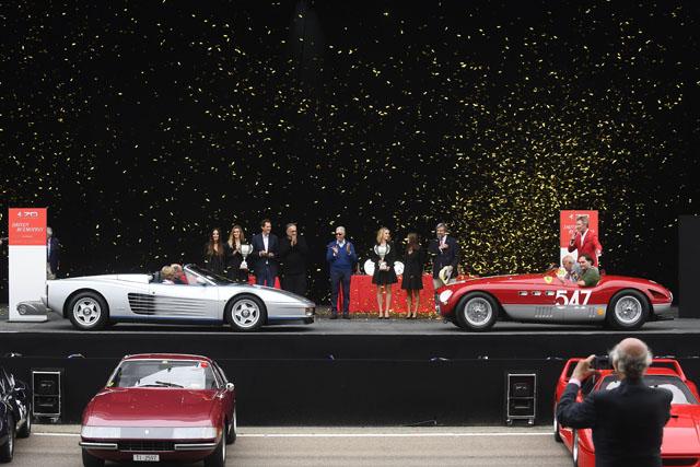 「コンクール・デレガンス」でベストオブショーに選ばれたテスタロッサ・スパイダー(左)と340MM(写真提供=フェラーリ)