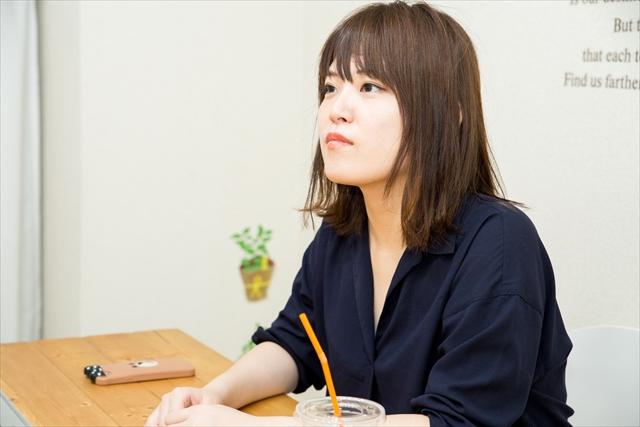 りょかちさんは、IT企業で働く傍ら、若者のSNS文化を各メディアで発信している