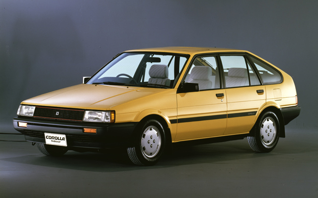 ハッチバックの設定も注目すべき点で、ボディーはほかに2ドアクーペやワゴンもあった(写真提供=トヨタ自動車)