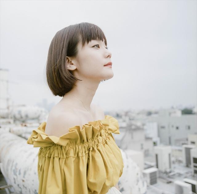 自らの作品に加え楽曲提供も手掛け、活動の場をますます広げる吉澤嘉代子さん