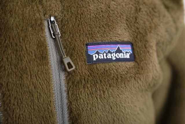ロゴも人気の「P-6ロゴ」に変更。これからR2ジャケットはますますアイコニックな存在となっていきそうだ