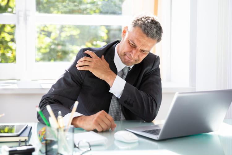 四十肩・五十肩という思い込みに要注意! 早期診断が大切な「腱板断裂」とは