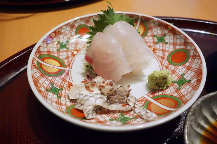 「鯛刺身膳」のタイの刺し身も身が締まっていておいしい