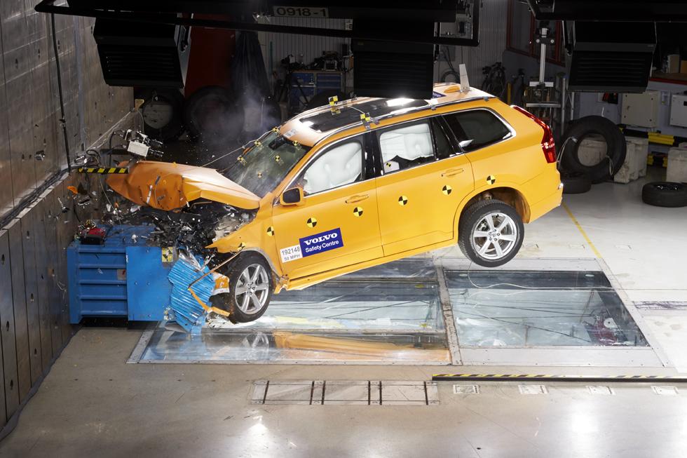 過去の事故調査データを一般公開したボルボ その事故対策技術を現地で取材