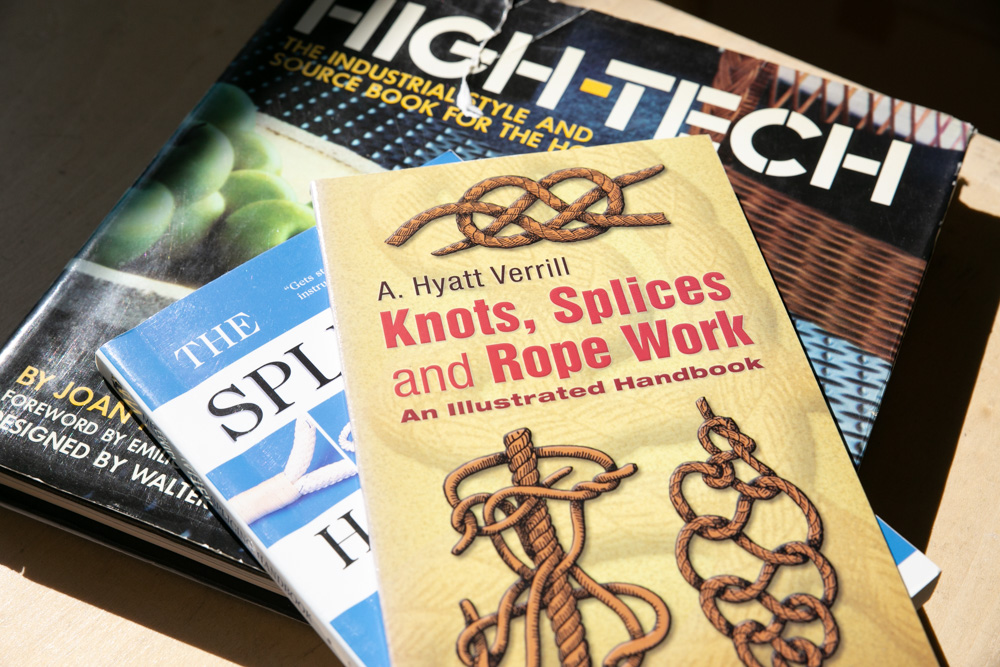 「knot」の開発にあたっては、専門書を読み自らロープの結び方を習得した