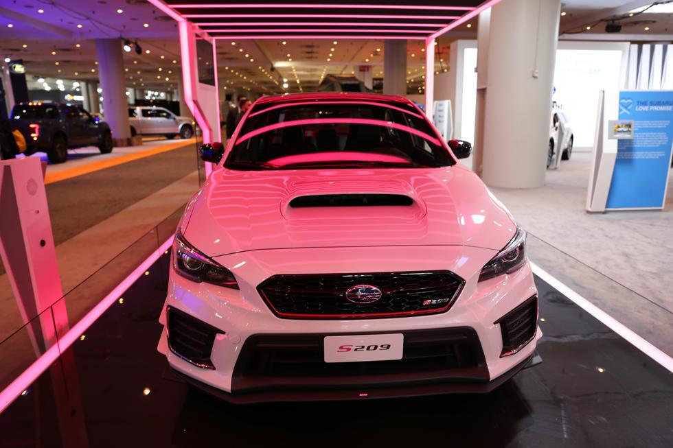 日本メーカーが話題の新車を発表して健闘 NY国際自動車ショーレポート