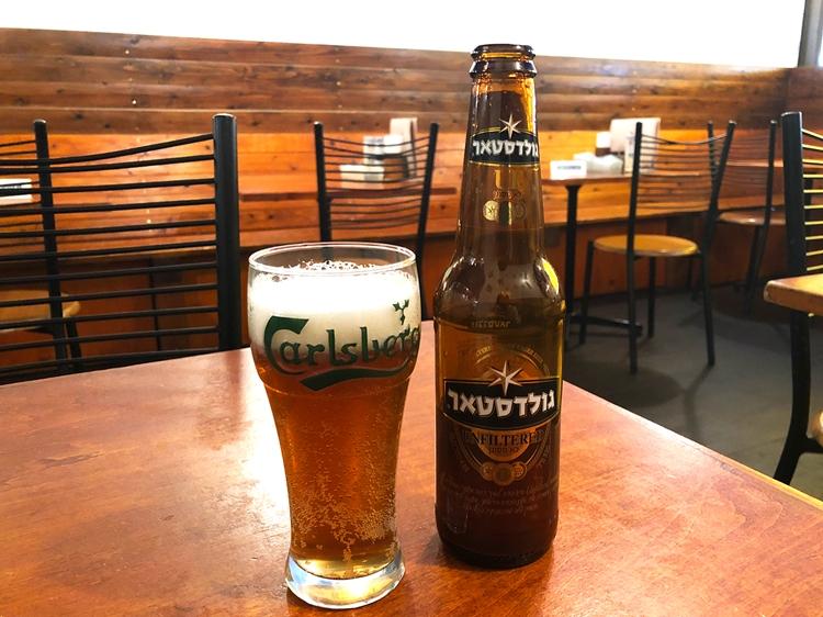 イスラエルでシェアNo.1、最もポピュラーなラガービール「ゴールドスター(760円)」