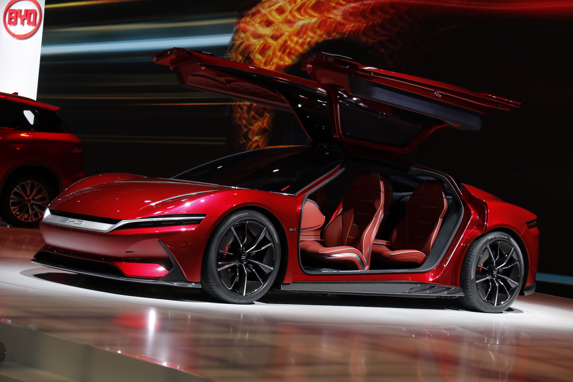中国メーカーとイタリア人デザイナーの協働は結実するか 上海国際自動車ショー現地レポート