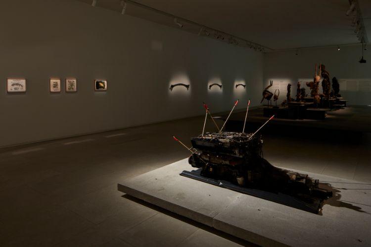 現在は3つの展示が行われている。写真は「ウブの死」展。 展示作品以外の建築物なども見どころがある / All Right Reserved.