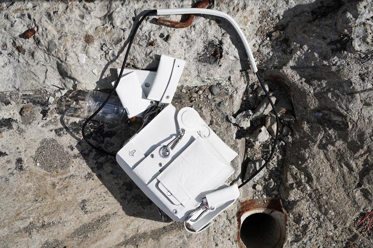 建設現場をテーマにした「under construction」というコレクションで発表されたコシブクロ(写真提供・カガリユウスケ)
