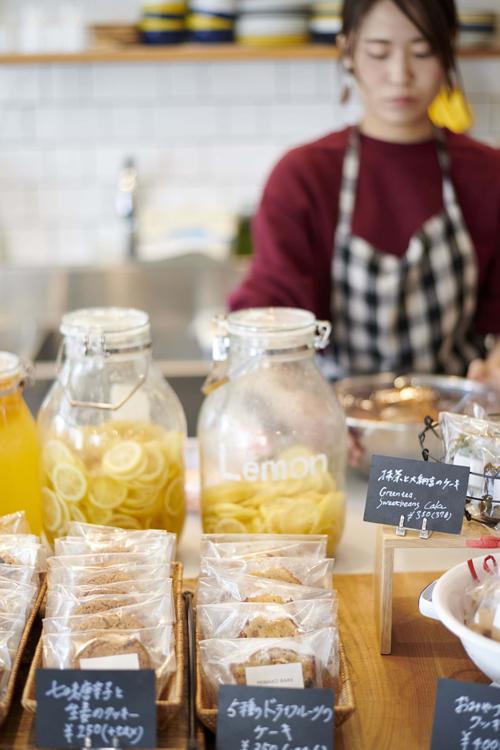 「CAMERA」のお菓子は、毎日店舗で手作りされた優しい味わい
