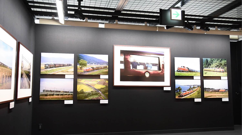 平成から令和へ 時代を走り抜けたお召し列車の写真展「平成に仕えた車両たち」