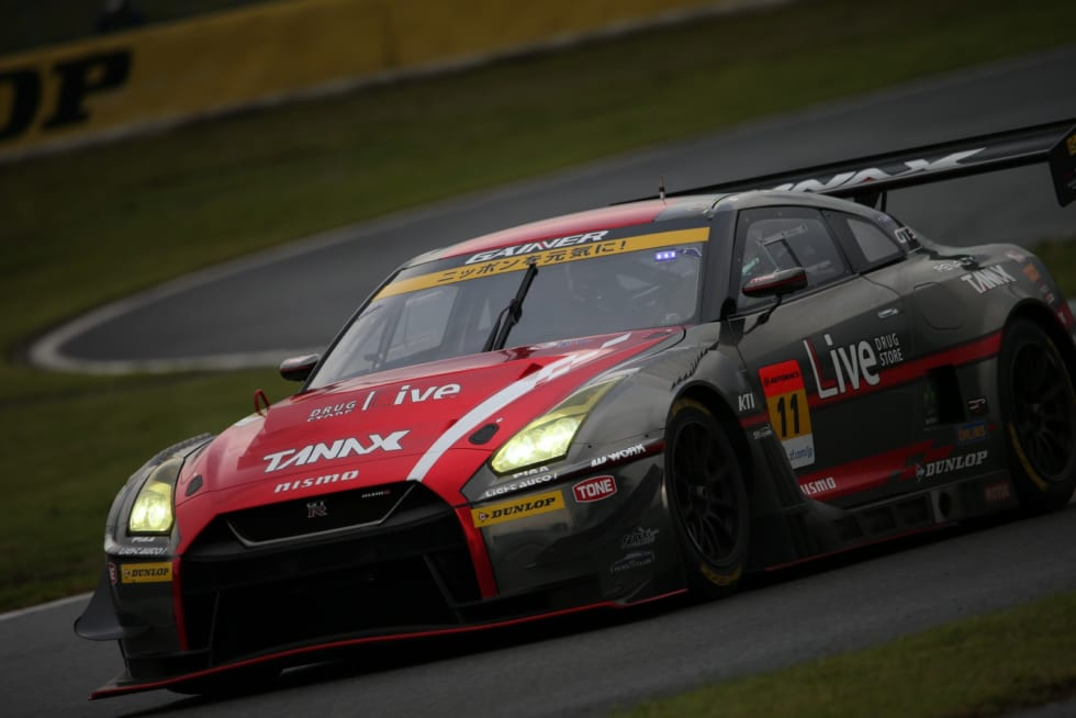 No.11 GAINER TANAX GT-R