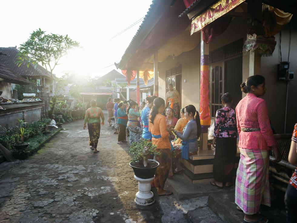 バリ島の人たちの活気と魅力 暮らすように旅したウブド