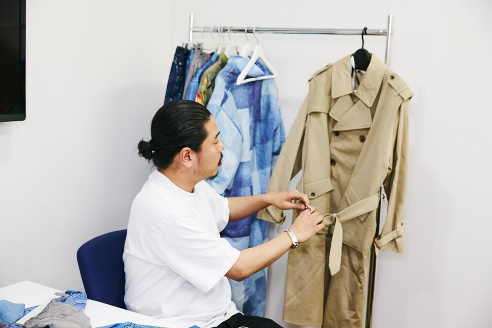 転写プリントでファッションの伝統を残す  気鋭のブランド「TOLQ」の試み