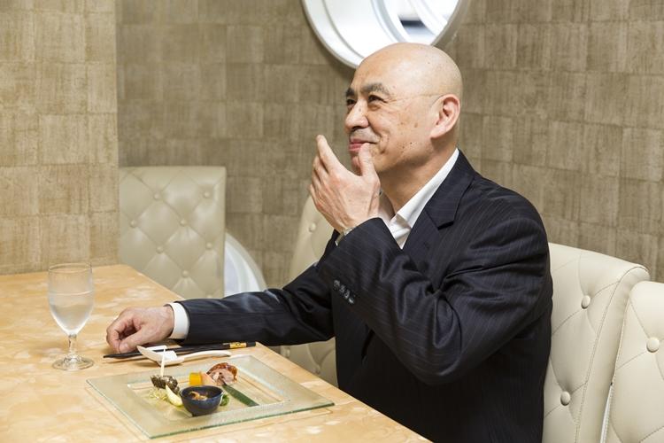 十時さんは、焼き物を食べれば職人の力がわかるという