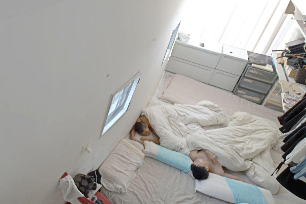 建物完成後の「住人の暮らし」を映像作品に 建築家・中山英之の個展「, and then」