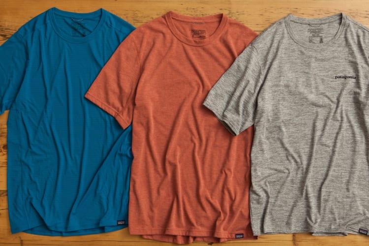 キャプリーンクールシリーズのTシャツ。スポーツに特化しているため光沢が強い「ライトウェイト」(左)に比べると、トレイル(中央)、デイリー(右)は質感がコットンに近い