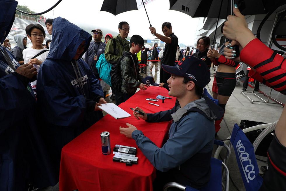 ルーキーのアレックス・パロウの活躍でTCS NAKAJIMA RACINGが9年ぶり勝利 写真で振り返る SF第4戦