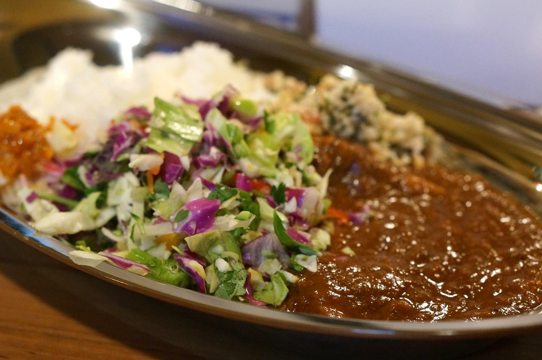 インドカレー料理店「副大統領」で供される「ポークビンダルー」
