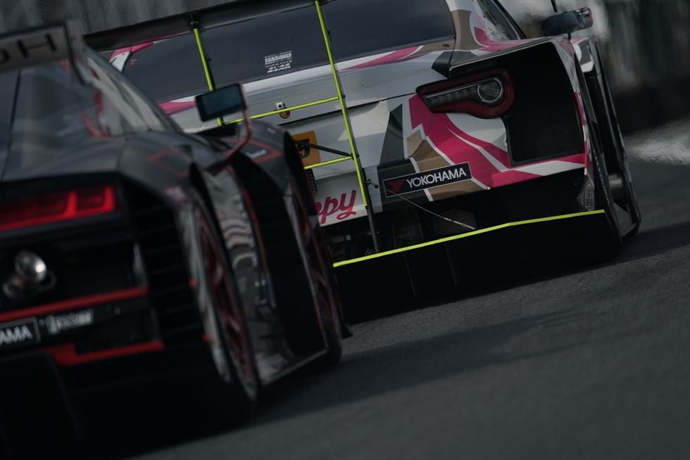 GT500、300どちらもピットインが勝敗のカギに 写真で振り返るスーパーGT第5戦