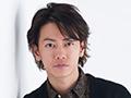 映画『ひとよ』で兄妹役の佐藤健×鈴木亮平×松岡茉優。3人の家族論とちょっとしたこだわり