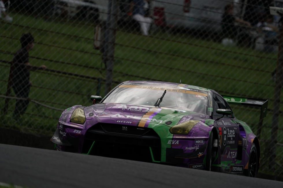タイヤ選択が勝敗を分けた雨中のスーパーGT第6戦をフォトギャラリーで振り返る