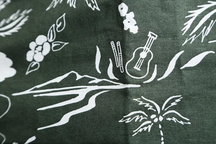 モンベル会長の辰野勇(たつのいさむ)氏自身も、Takeロハの愛用者であり、夏ともなれば、毎日のように着用しているという