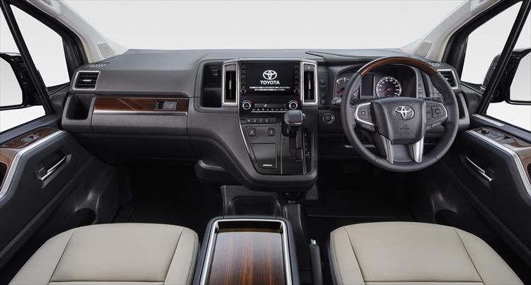 トヨタ待望の新型ワゴン「グランエース」が登場! キャンピングカーに変身できる?