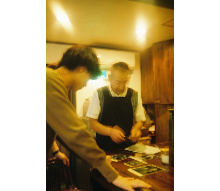 笹塚の商店街で見つけた「南蛮茶館」 画家のマスターが持つこだわりのコーヒーとナポリタン