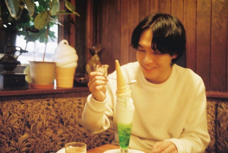 """鶯谷で""""純喫茶""""を守り続けるお店「DEN(デン)」のクリームソーダ"""