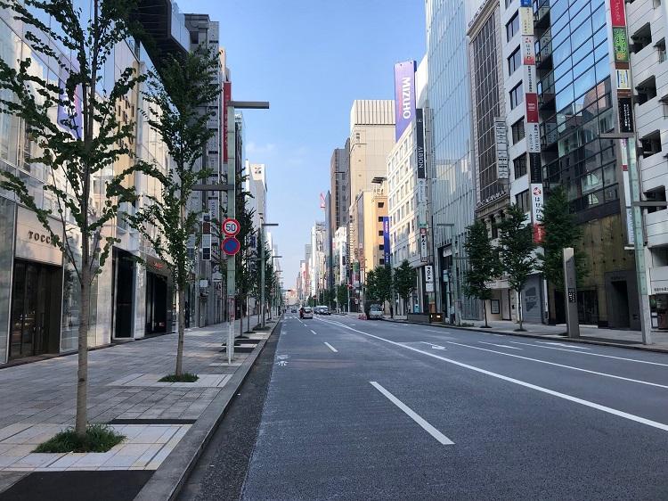 実際に走ってわかった! 早朝の東京コースは大部分がビルで日陰になる
