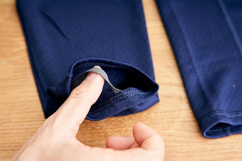 パタゴニアの重ね着をする時に便利なサムループ