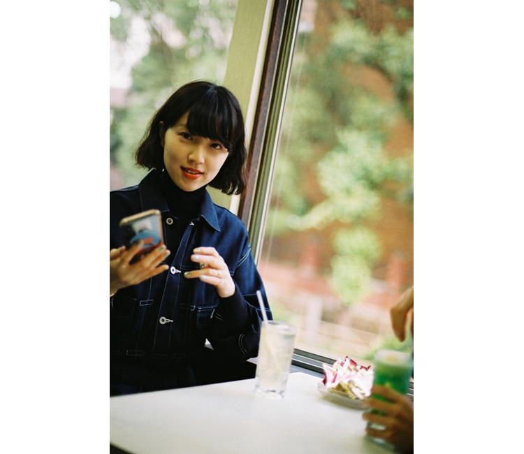 モデル・小谷実由さんが純喫茶に感じる魅力と、二つの後悔