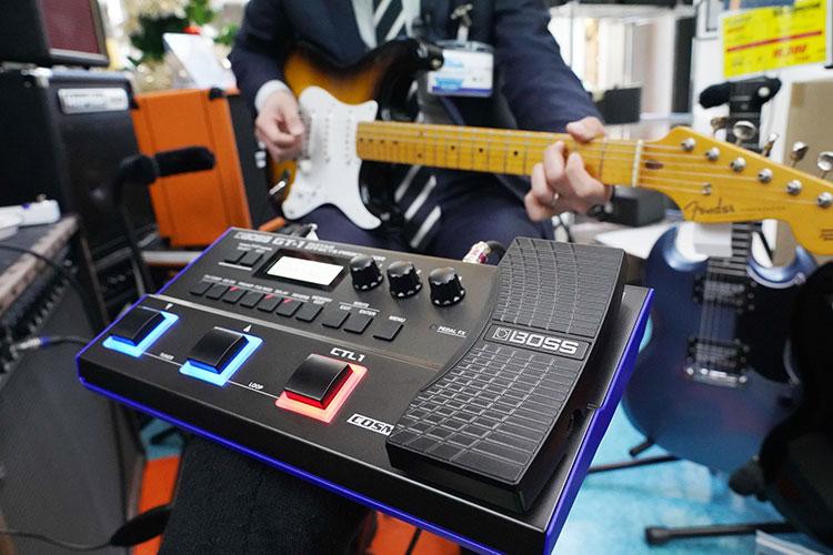 〈ギターを弾こう〉練習環境はどうする? 話題のWAZA-AIR、マルチエフェクター……