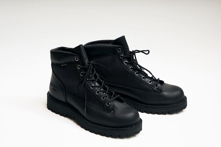 全天候型ブーツの傑作「ダナーライト」の魅力を半額以下で 機能充実のエントリーモデル「ダナーフィールド」 (フォトギャラリー)