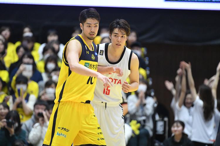 "207cmの""日本の柱""。バスケの第一線で戦い続ける竹内譲次、五輪メンバー入りへの思い"