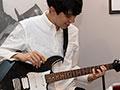 """エレキギター""""大人の音楽教室""""にいってみた(前編)"""