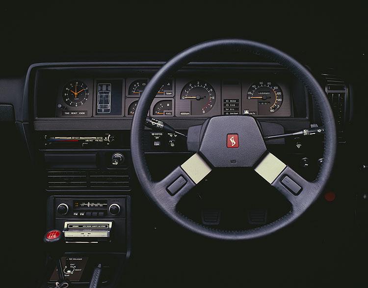 2ドアハードトップ2000ターボGT-E・Xタイプのダッシュボード