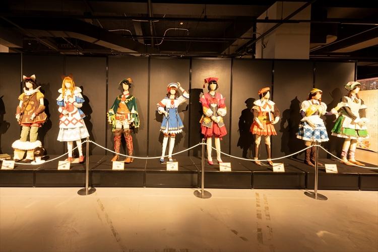 4DXでハンター体験!?  モンスターハンター15周年展が横浜で開催中