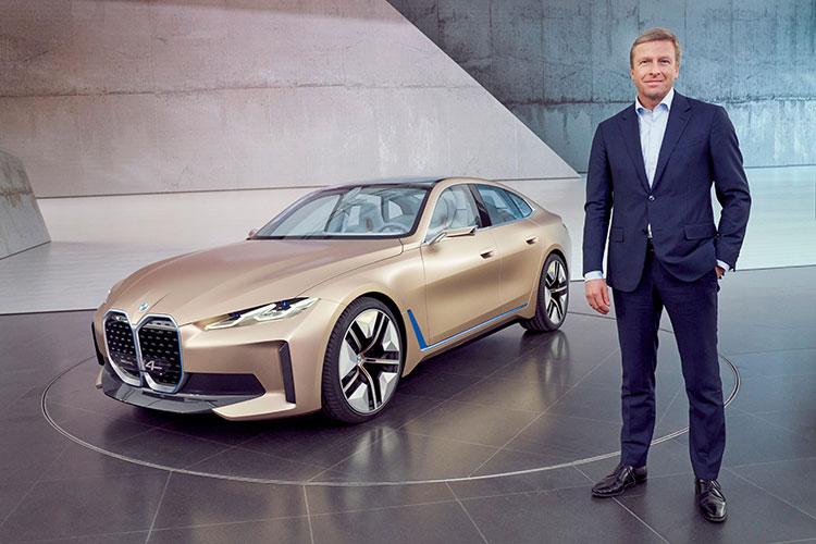 キドニーグリルが巨大な「BMWコンセプトi4」はBEV(バッテリー駆動電動車)のグランクーペ(BMW)