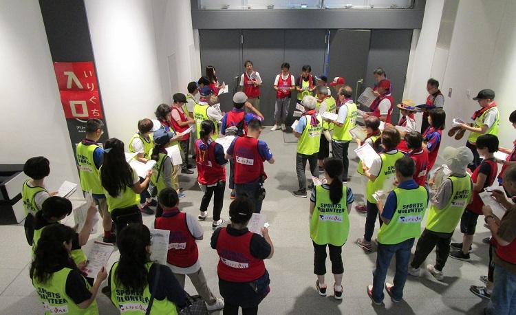 Jリーグ「FC東京」支えるボランティアと、選手にも芽生えたボランティア・マインド