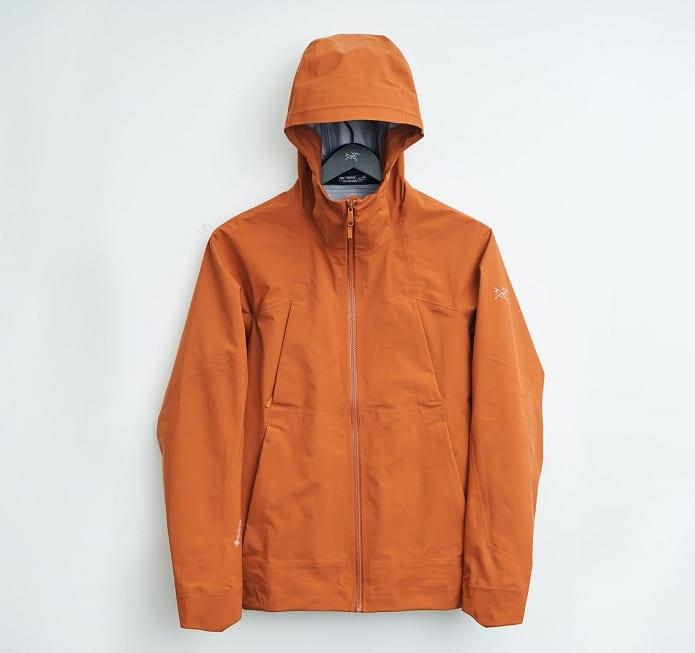 雨が多い都市で使うために設計されたアークテリクスのゴアテックスジャケット | 朝日新聞デジタル&M(アン...